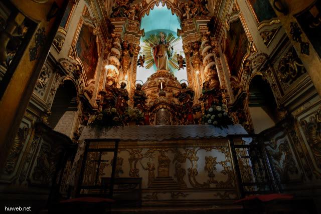 1.009_Nossa_Senhora_Da_Conceicao_da_Praia,__Altar,_Salvador_da_Bahia_Unterstadt_.jpg