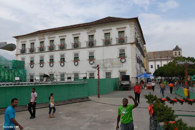 1.020_Palais_des_Erzbischofs,_Salvador_da_Bahia_Oberstadt_.jpg