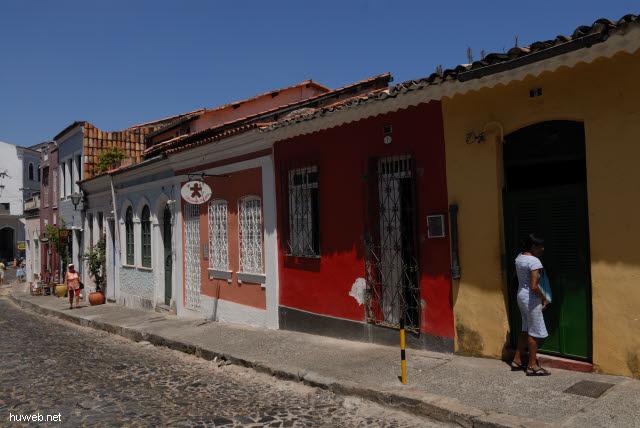 1.096_Passo_do_Carmo_bei_der_Karmeliter_Klosterkirche,_Salvador_da_Bahia_.jpg