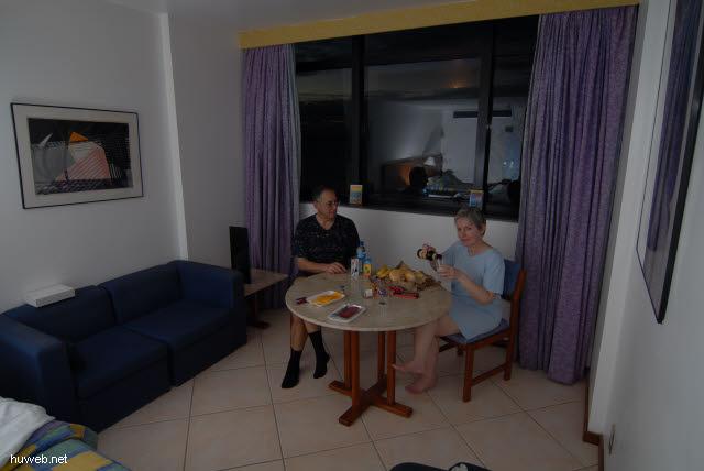 1.107_Hotel_Sol_Victoria_Marina,_Heinz_und_Elfi,_Salvador_da_Bahia_.jpg