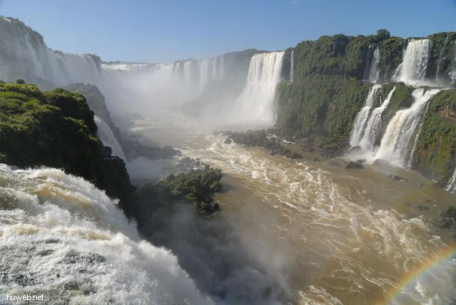 1.128_Iguacu_Nationalpark_Brasilien,_Teufelsschlucht,_.jpg
