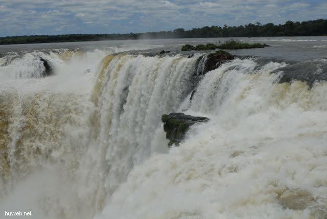 1.149_Iguacu_Nationalpark_Argentinien,_Teufelsschlucht_.jpg