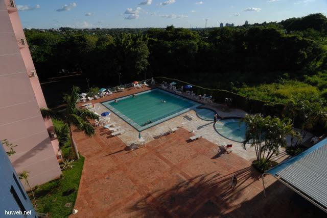 1.175_Pool_im_Hotel_Falls_Galli,_Iguacu_.jpg