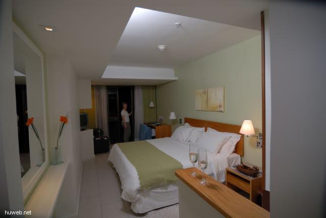 1.176_Hotel_Porto_Bay,_Rio_de_Janeiro_.jpg