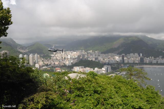 1.181_Hubschrauber,_Rio_de_Janeiro_.jpg
