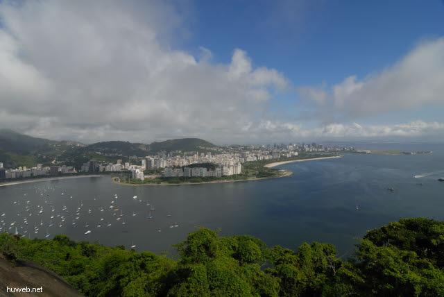 1.183_Botafogo_Bucht,_Aeroporto_Santos_Dumont,_Rio_de_Janeiro_.jpg