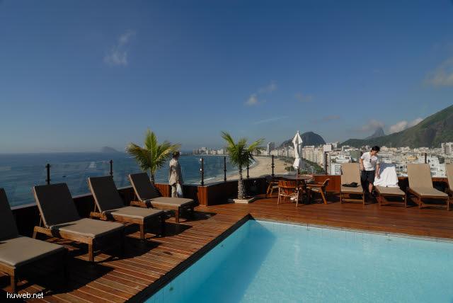 1.235_Dachterrasse_Hotel_Porto_Bay,_Rio_.jpg