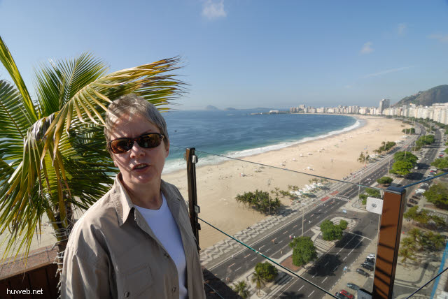 1.236_Dachterrasse_Hotel_Porto_Bay,_Copacabana,_Rio_.jpg