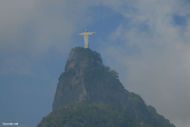 1.239_corcovado-huegel,_christus_statue,_rio_.jpg