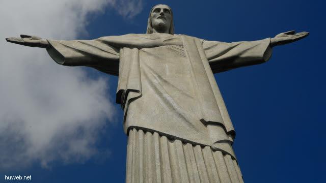 1.245_Christus_Statue_in_Rio_.jpg