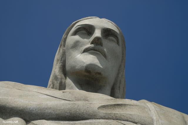 1.247_Christus_Statue_in_Rio_.jpg