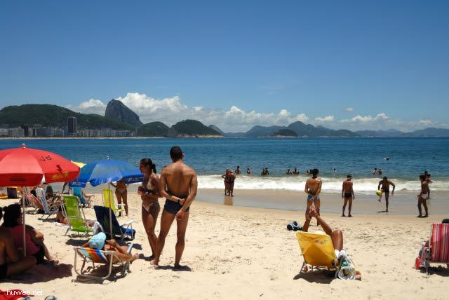 1.266_Copacabana,_Zuckerhut_.jpg