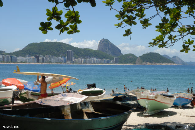 1.272_Copacabana,_Zuckerhut,_Rio_.jpg