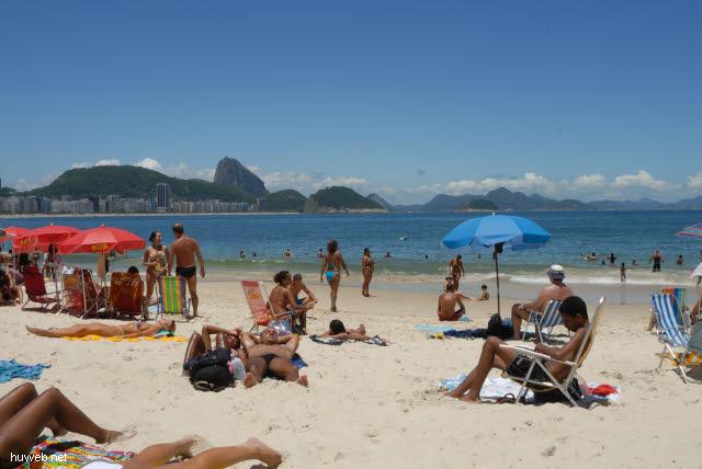 1.273_Copacabana,_Zuckerhut,_Rio_.jpg