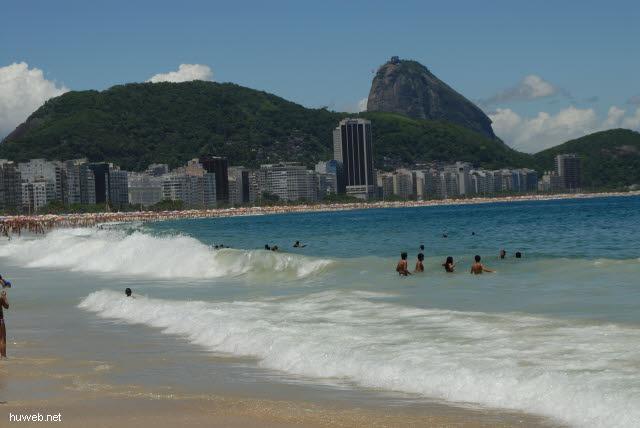 1.274_Copacabana,_Zuckerhut,_Rio_.jpg