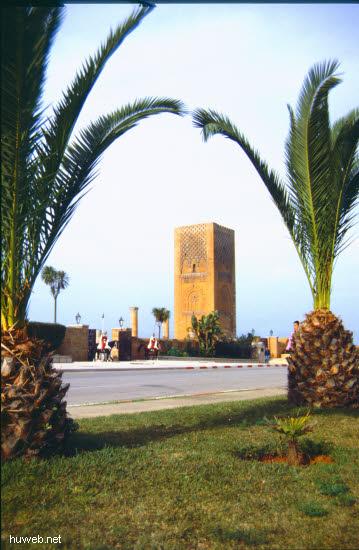 aa29_Hassan-Turm___Marokko_27.12.85-5.1.86.jpg