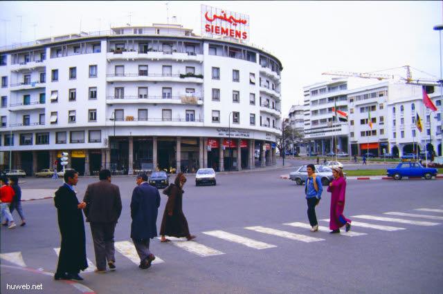 ab05_ohne__Gruppe__durch__Rabat__Marokko_27.12.85-5.1.86.jpg