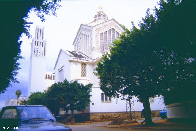 ab08_Kathedrale__St._Pierre_Marokko_27.12.85-5.1.86.jpg