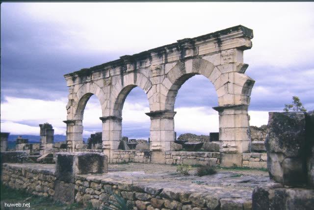 ab32b_Volubilis;__Marokko_27.12.85-5.1.86.jpg