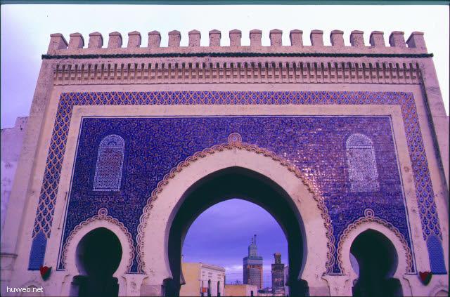 ac27_BAB__BUJELLUD_aus_Osten_Marokko_27.12.85-5.1.86.jpg