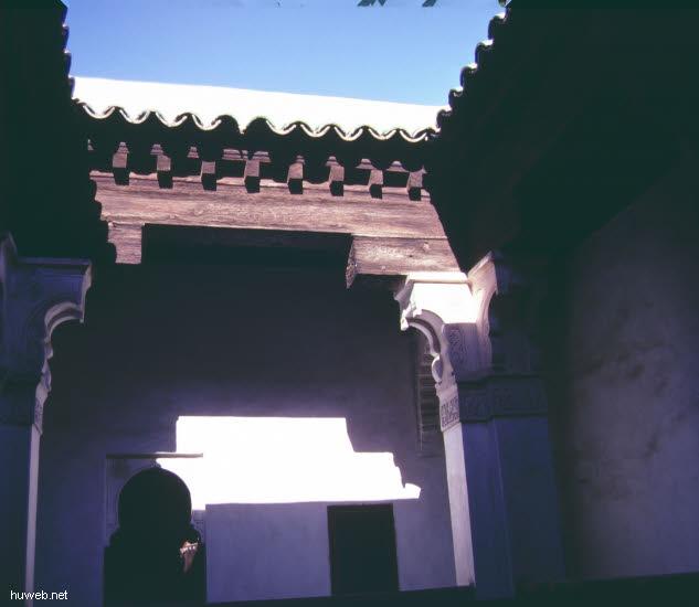 ae40_Ben-Jussef-Medresse,_12.Jhdt_Marokko_27.12.85-5.1.86,_Marrakech.jpg