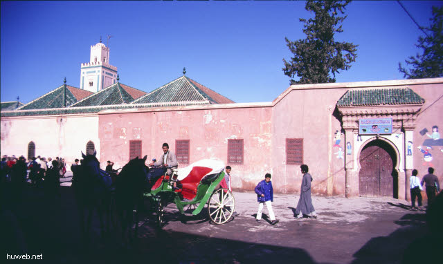 ae42_marokkan._Kindergarten_Marokko_27.12.85-5.1.86,_Marrakech.jpg